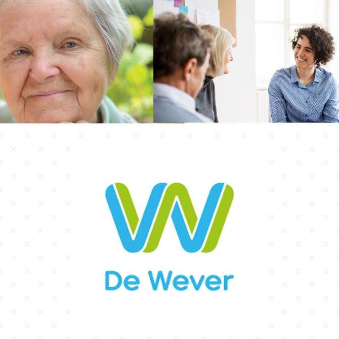 Foto van ouderen in gesprek met dementieconsulent